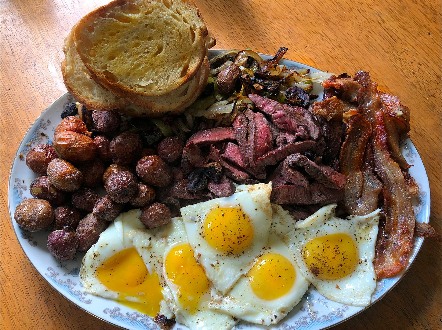 Breakfast Steak Eggs on a Peacemaker Grill Andrew Parent